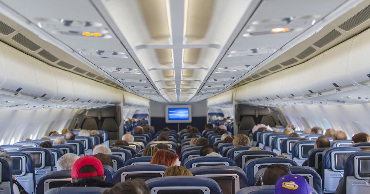 Coronavírus - Quais os riscos em viajar de avião?